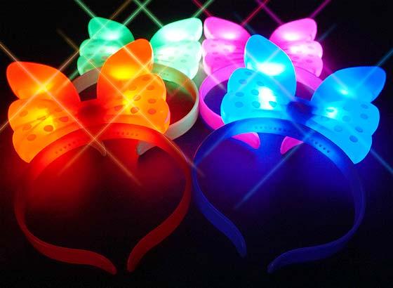950afb8fe09a14 【景品玩具まとめ買い・光るおもちゃのまとめ買い】 光る バニーリボンカチューシャ(12個入り)